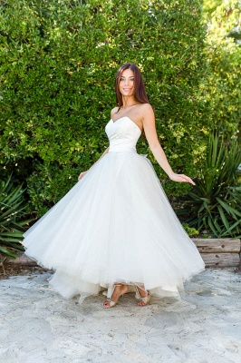 Lace Ball-Gown Simple Floor-length Off-the-shoulder Half-sleeves Wedding Dress_2