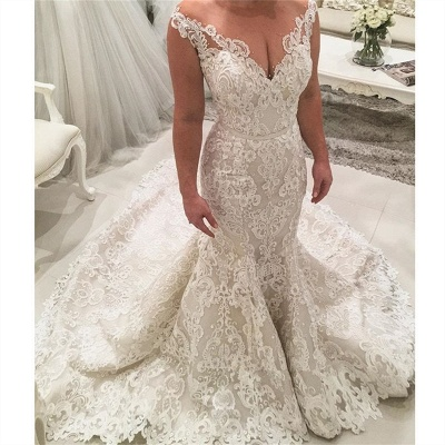 Gorgeous Mermaid Lace Wedding Dresses   Sexy Bridal Gowns with Long Train_3