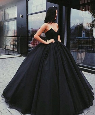 Sweetheart Sleeveless Ball-Gown Black Sexy Prom Dresses_4