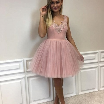 Short Cute A-line Pink Lace-Appliques Homecoming Dresses_5