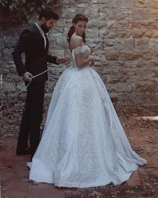 Lace-Applique Charming Beaded Princess Ball Gown Off-The-Shoulder Wedding Dresses_3