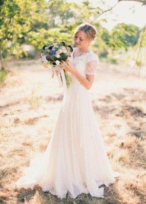 A-line Stylish Lace Popular V-neck Short-Sleeves Chiffon Wedding Dresses_2