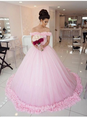 Chic Off-The-Shoulder Ball Gown Prom Dresses with Flowers | Stylish Quinceanera Dresses_2