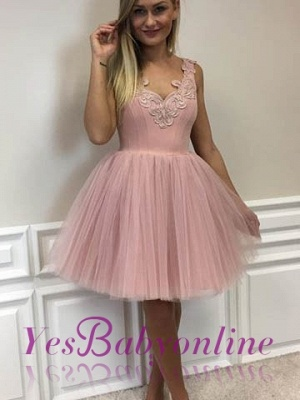 Short Cute A-line Pink Lace-Appliques Homecoming Dresses_1