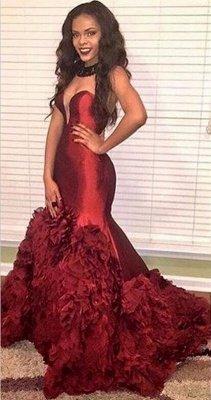 2019 Burgundy Mermaid Prom Dresses Sweetheart Neck Ruffles Long Evening Gowns_2
