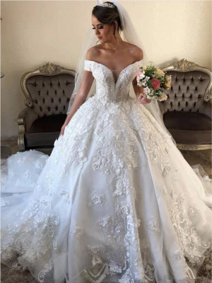 Off the Shoulder Gorgeous Lace Wedding Dresses in Ball Gown Style_4