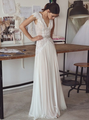 Glamorous A-Line Lace Wedding Dresses V-Neck Cap Sleeves Appliques Bridal Gowns_1
