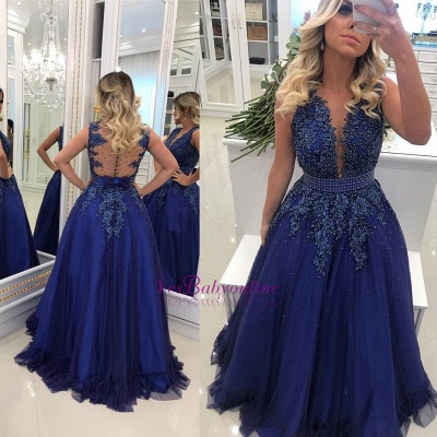 V-Neck Pearls Glamorous Lace A-Line Prom Dresses_1
