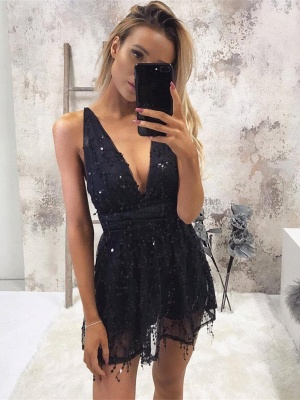 Sexy Deep V-neck Black Sequined Homecoming Dress | Short Party Gown_1