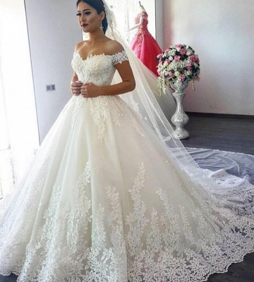 Glamorous A-Line Off-the-Shoulder Lace Applique Wedding Dress_4