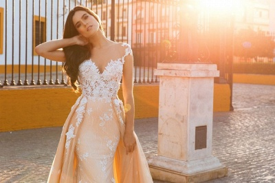 Graceful Jewel Cap Sleeve Lace Mermaid Wedding Dress With Detachable Train_2