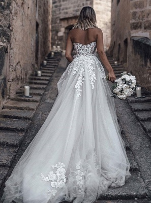Strapless Sweetheart Lace Wedding Dresses For Destination Ceremony_2