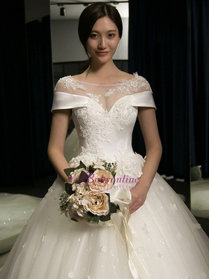 Exquisite Cap-Sleeves Scoop Puffy Cathedral Train Lace-Applique  Wedding Dresses_1