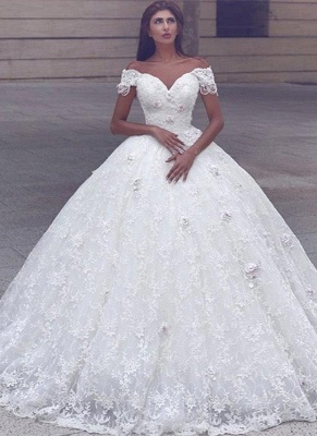 Glamorous Ball Gown Lace Short Sleeves Puffy Wedding Dresses_2