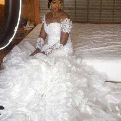 Gorgeous Jewel Cap Sleeve Applique Pearls Ruffles Mermaid Wedding Dresses_3