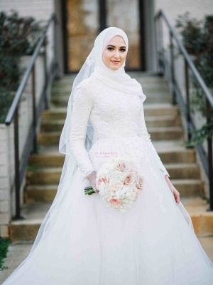 Layers Tulle Long Sleevess Muslim Lace High-Neck Applique Wedding Dresses_2