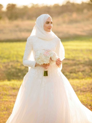 Layers Tulle Long Sleevess Muslim Lace High-Neck Applique Wedding Dresses_5