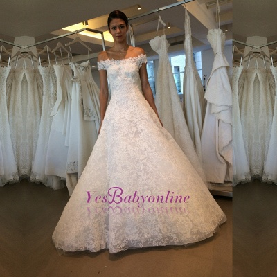 Modern Lace Off-the-shoulder A-line Wedding Dress_1