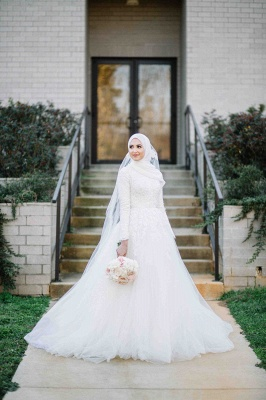Layers Tulle Long Sleevess Muslim Lace High-Neck Applique Wedding Dresses_6