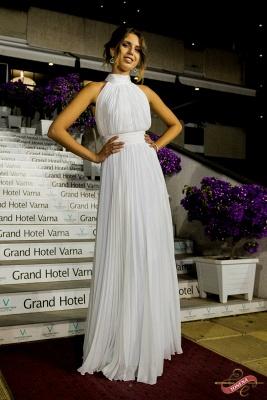 Elegant Long High-Neck Ruched White Prom Dress_2