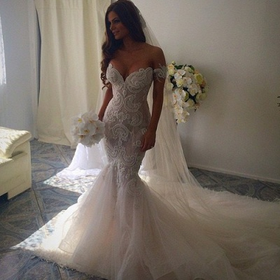 Off-the-Shoulder Pearls Short Sleeves Sexy Mermaid Wedding Dresses_3