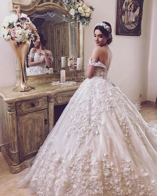 Off The Shoulder Sweetheart Backless Lace Flowers Pearls Ball Gown Wedding Dresses_3
