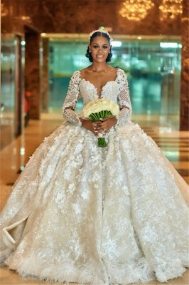 Gorgeous Sweetheart Long Sleeve Lace Beading Ball Gown Wedding Dresses With Feathers_1