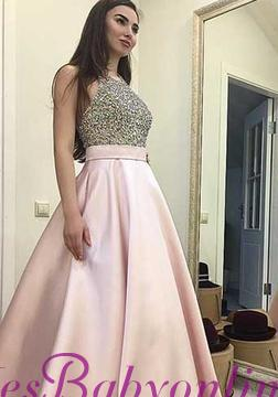 Beading Sweep-train Sequin Elegant Round-neck Pink A-line Prom Dress_1