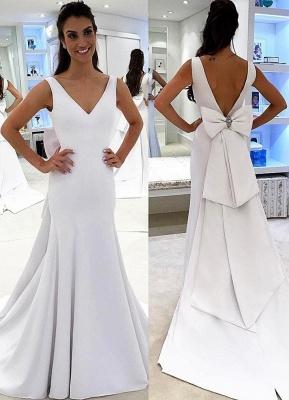 Simple V-neck Backless White A-line Chic Wedding Dress_2