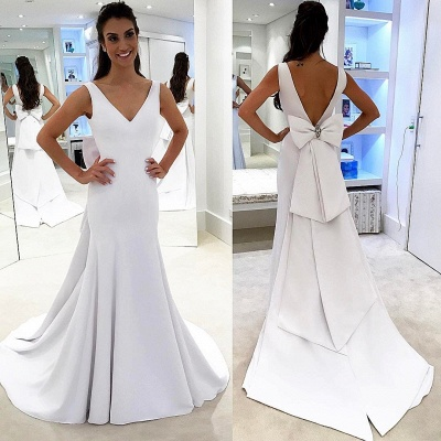 Simple V-neck Backless White A-line Chic Wedding Dress_3