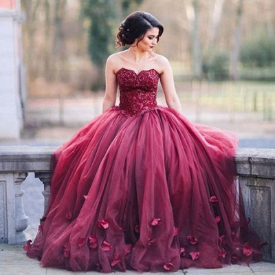 Glitter 3D-Floral Appliques Burgundy Ball-Gown Tulle Sweetheart Wedding Dresses_3